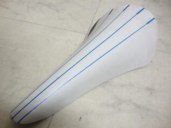 サドル VOLTA R3 ホワイト