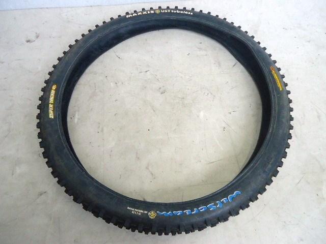 タイヤ WERSCREAM UST Tubeless 26x2.5 チューブレス