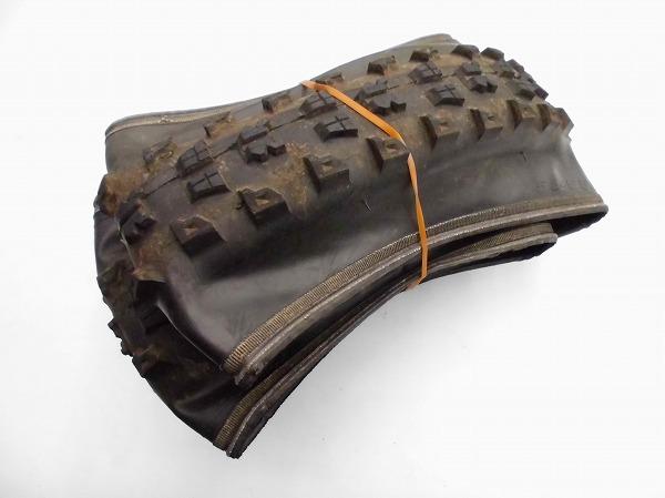 クリンチャータイヤ NEXCAVATOR 26x2.35 ブラック