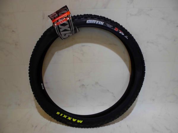 DHタイヤ GRIFFIN 27.5x2.4 3C マックスグリップ
