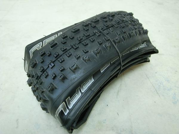 タイヤ RACING RALPH 27.5x22.5 ※動作未確認
