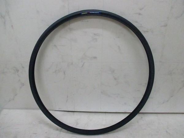 クリンチャータイヤ KONCEPT 700×23C