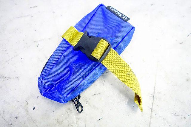 携帯ポーチ ブルー