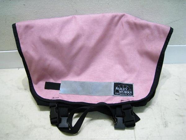 メッセンジャーバッグ SUPER PRO Sサイズ ピンク
