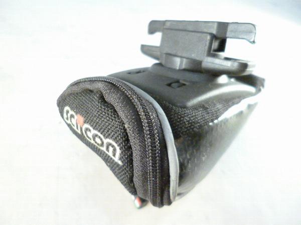 サドルバッグ PROCARBON 230cc ブラック