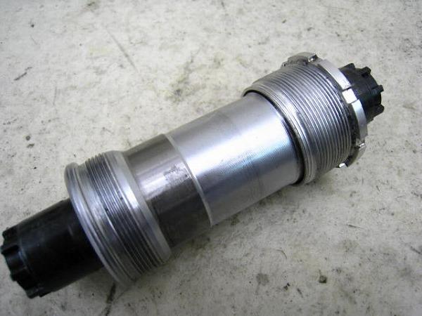 ボトムブラケット BB-5500 ITA/70mm/118mm