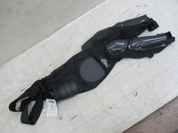 ボディプロテクター VTT LEGGING Mサイズ ブラック ※割れあり