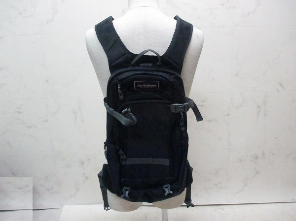 バックパック NOMAD 18L ブラック