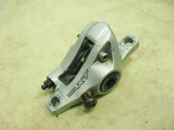 ディスクブレーキ BR-M765 XT