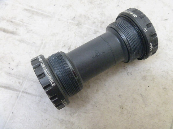 ボトムブラケット SM-FC6601 ITA