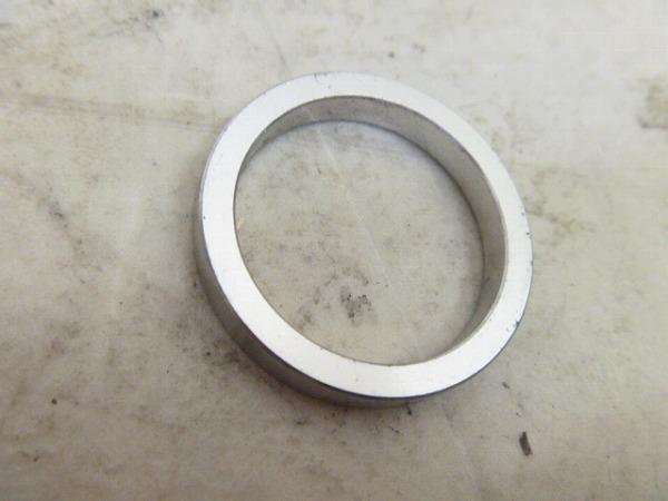 コラムスペーサー シルバー 5/28.6mm