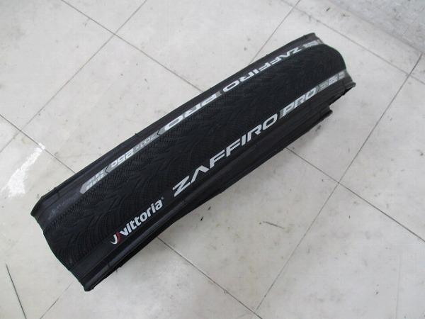 クリンチャータイヤ ZAFFIRO PRO 700×25c ピナレロロゴ