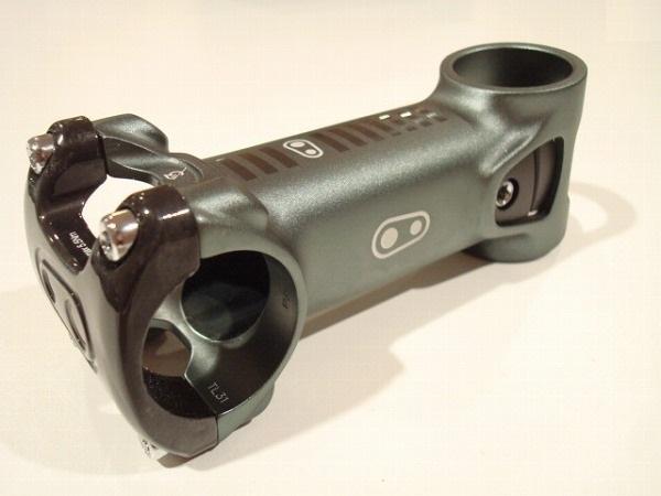 アルミアヘッドステム IODINE 3 STEM 31.8/100/28.6mm アイスグレー