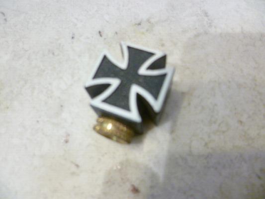 仏式用バルブキャップ 鉄十字 1個