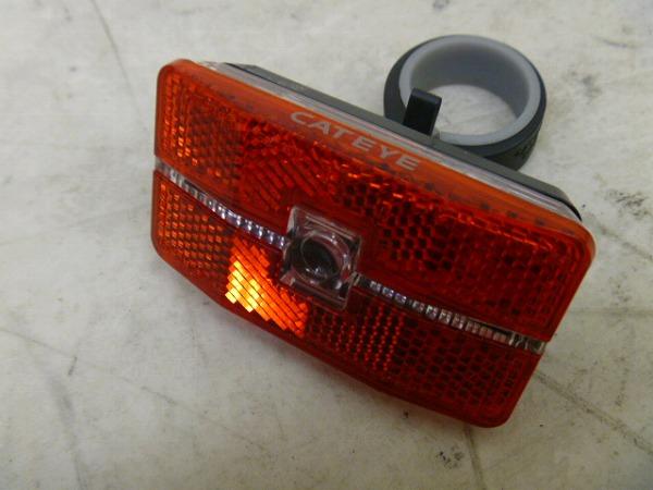 リアライト TL-LD560 約27-32mm ※動作確認済、電池欠品