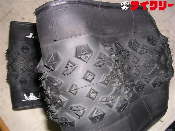 タイヤWILD RACER 26×24