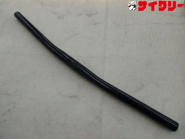 フラットバーハンドル 560mm/25.4mm ブラック