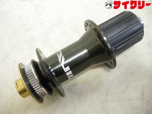 リアハブ FH-M820 135mmエンド アクスル無 32H