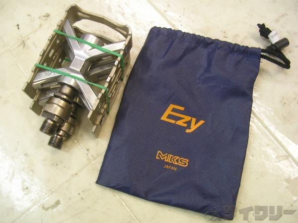 着脱式フラットペダル ESPRIT EZY チタンカラー/スチールシャフト