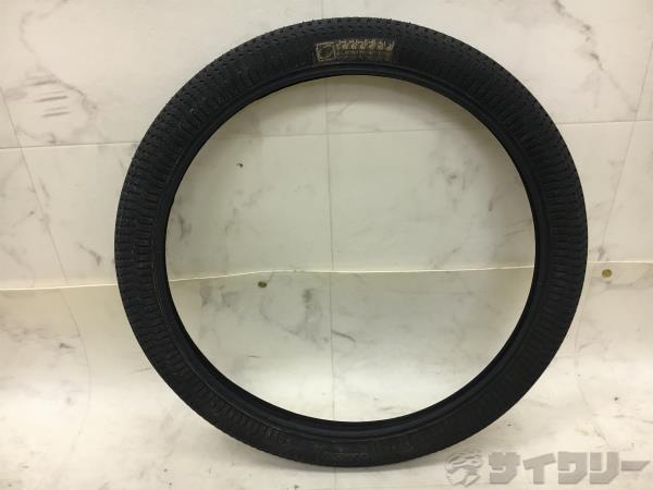 クリンチャータイヤ 20x2.1 ブラック