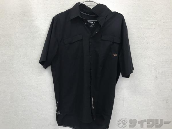 シャツ Mサイズ
