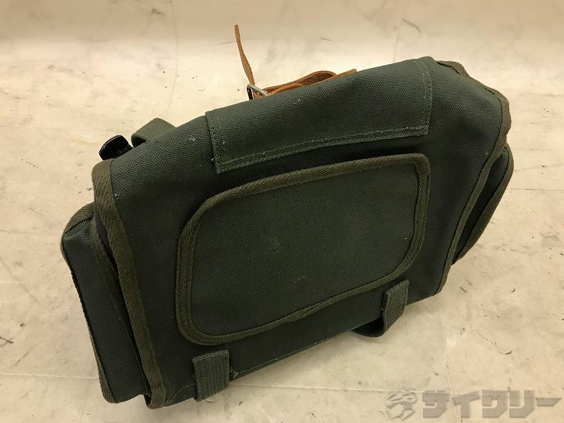 フロントバッグ