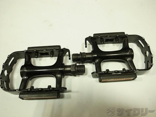フラットペダル ブラック C128