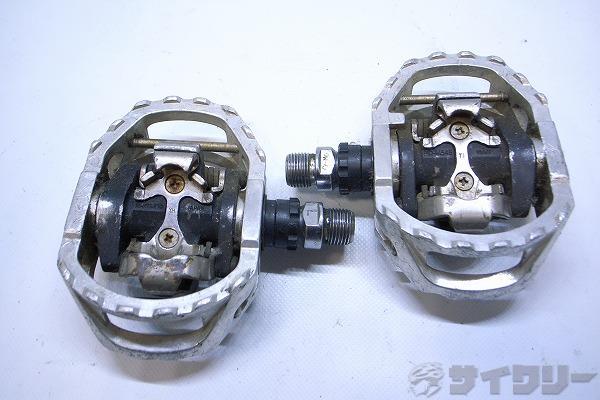 ビンディングペダル PD-M545 SPD ガタあり