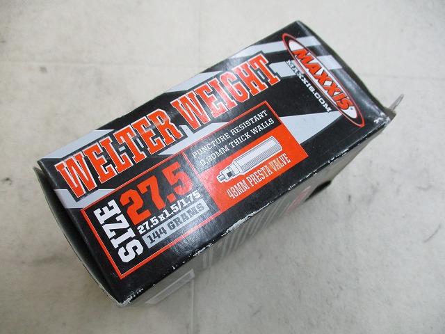 チューブ WELTER WEIGHT 27.5x1.5/1.75 仏式