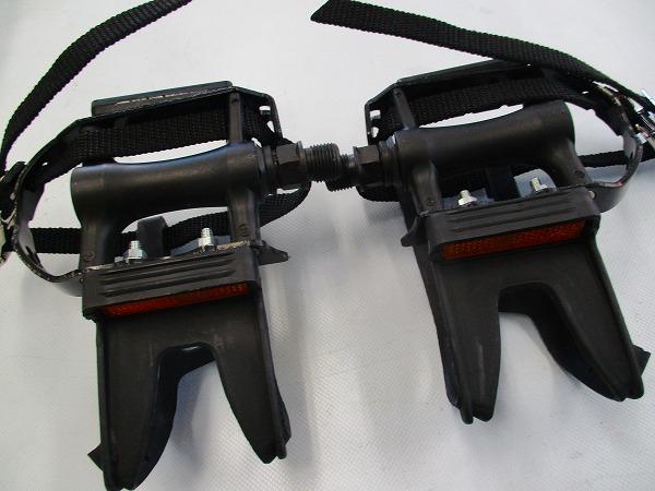 トゥクリップペダル R125