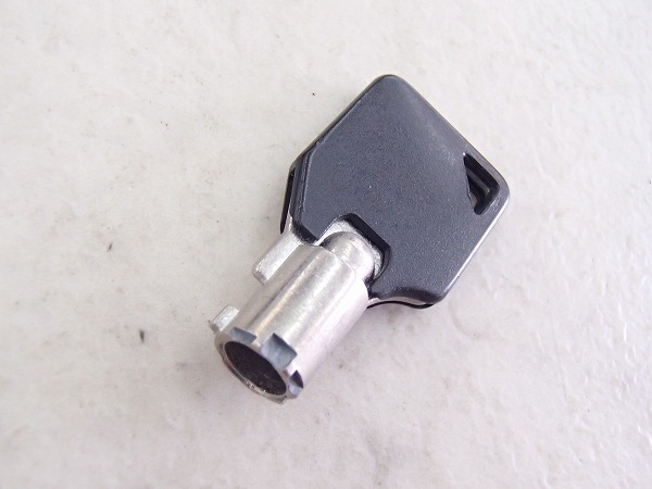 U字ロック ホワイト 鍵1本付属