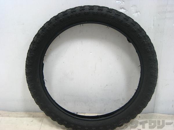 ブロックタイヤ 16×2.125