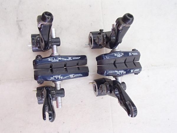 欠品/割れ カンチブレーキキャリパー BR-M560 DEORE LX