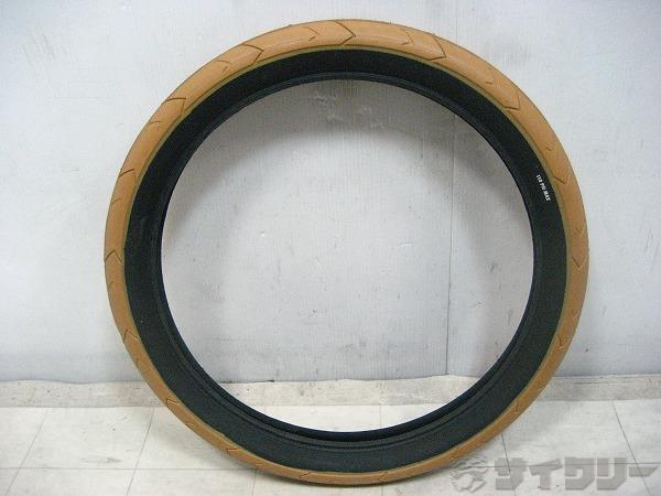 タイヤ 20×2.40(406)