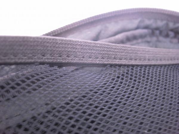 ポーチ 180x40x90mm(実測) ブラック