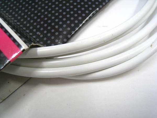 シフトアウターケーブル φ4×2300㎜ ホワイト