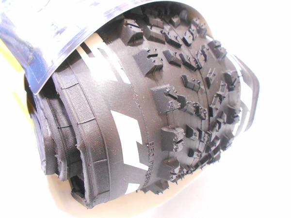 タイヤ CROSSROC ROAM 29x2.20 クリンチャー、チューブレス対応