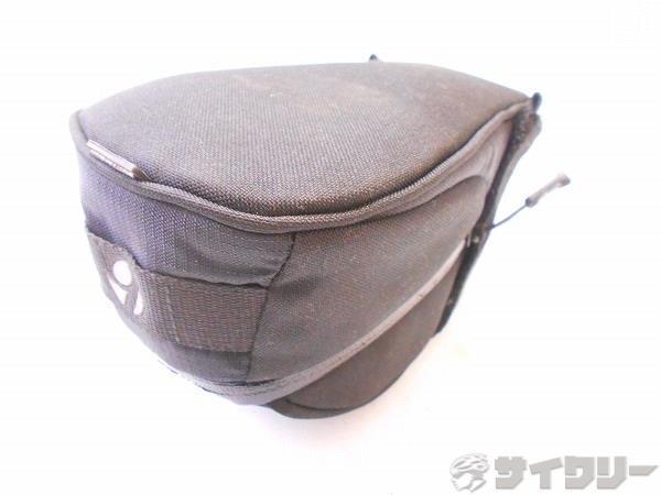 サドルバッグ ブラック サイズ:200×110×120mm(実測)