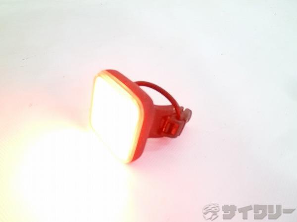 リアライト BLINDER GRID USB充電 ブラック