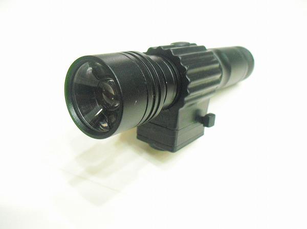 充電式LEDライトズーム機能付 RF-150WMU